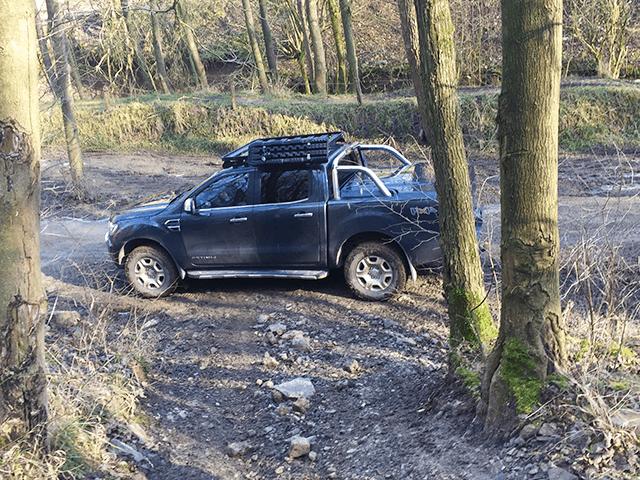 rijden door de bossen van België