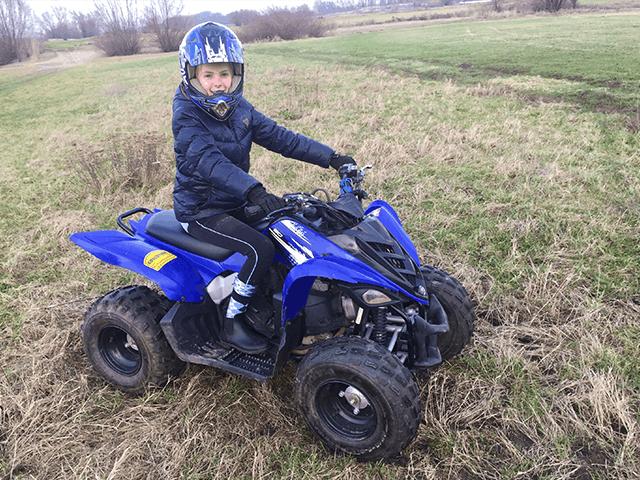 Veilig op een kinder quad rijden